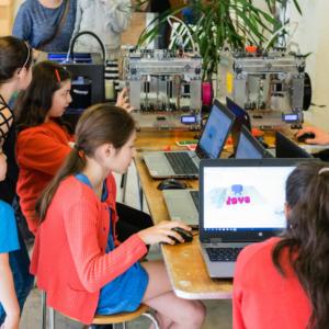 Digitaal maken 19/10: Programmeren: Microbit Race